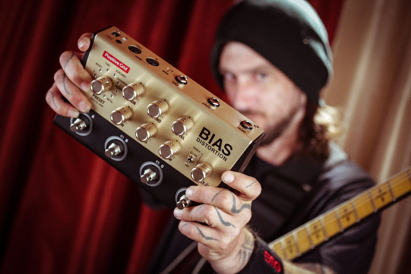 Kris Norris demos BIAS Distortion Pedal